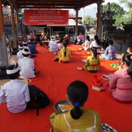 Pacentokan Bulan Bahasa Bali Ketiga Tahun 2021
