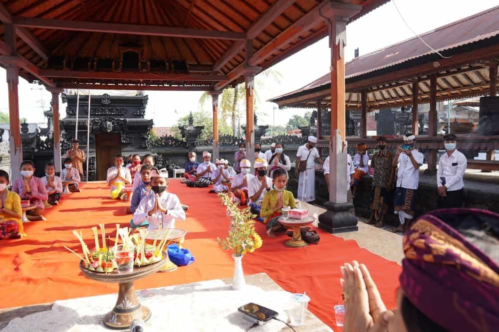 06. Pacentokan Bulan Bahasa Bali Ketiga Tahun 2021
